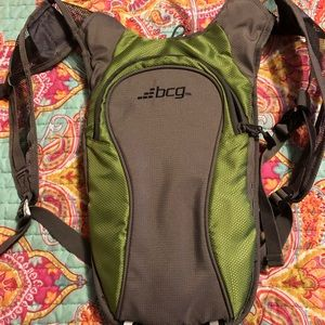BCG Water Pack NWOT